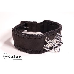 Avalon - Collar med spisse nagler og O-ring - sort