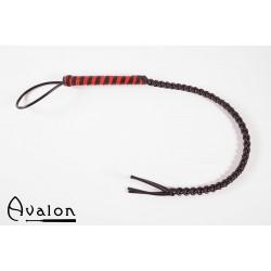 Avalon - Sort og rød flettet silikonflogger