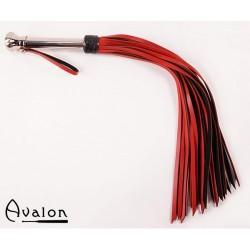 Avalon - Rød og sort flogger med metallhåndtak med kule