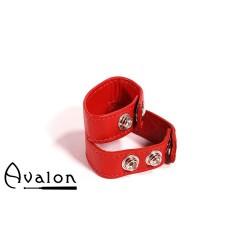 Avalon - Dobbel penis og pungring i lær - Rød