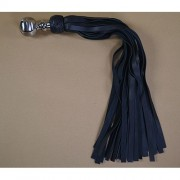Avalon - Stor sort flogger med kulehåntak i metall